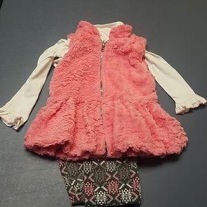 Lil girls faux fur vest outfit, sz 3t